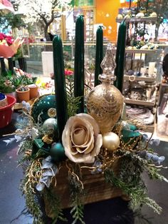 Christmas Wreaths, Table Decorations, Holiday Decor, Home Decor, Decoration Home, Room Decor, Home Interior Design, Dinner Table Decorations, Home Decoration