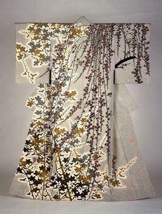 Kimono design by Moriguchi Kakou (yuzen-style dyed silk, 1983)                                                                                                                                                                                 More