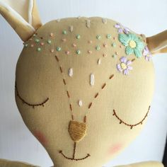 "Polubienia: 150, komentarze: 8 – Ellyse (@leesieandpip) na Instagramie: ""I am loving how the flower crown on little June Fawn turned out! 🌸🌺🌼💐🌻Restock is two days away! 6/9…"""