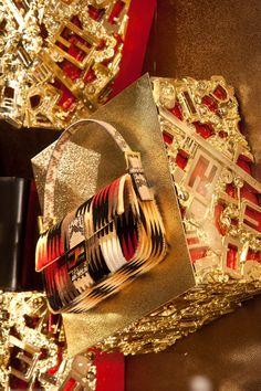 FENDI Holiday Season's Windows @ Fendi Boutique Sloane Street, London. Baguette bag F/W 2012-13 Collection. Find your favourite Baguette on http://www.baguette.fendi.com/shop