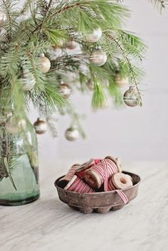 Cute idea for a tree in the kitchen.
