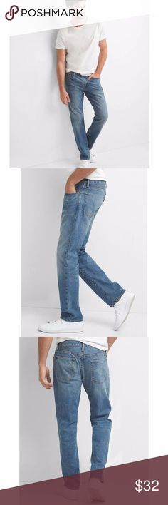 GAP Men's Premium Denim Distressed Straight Jeans size 30/32  Fit: Straight through the leg Cut: Sits at lower waist Leg opening: Straight  30 W | 32 inseam  Premium denim Medium clifton indigo wash with fading and whiskering Button closure, zip fly Five-pocket styling 99% Cotton, 1% Spandex Machine wash cold  condition: excellent @cjrose25 GAP Jeans Straight