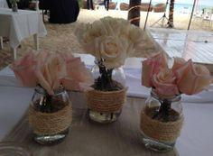 CBV110 Riviera Maya weddings / Bodas ivory and blush pink roses in Mason Jars / rosas rosa y crema