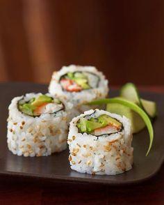 I Love Sushi - best place for sushi Sushi Recipes, Asian Recipes, Cooking Recipes, I Love Food, Good Food, Yummy Food, Bento, Sushi Co, My Favorite Food