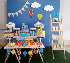 16 Ideas For Baby Boy Shower Simple Birthday Parties Rapunzel Birthday Cake, 1st Birthday Cake Smash, Boy Birthday, Balloon Birthday Themes, Birthday Party Decorations, Baby Shower Deco, Baby Boy Shower, Boys First Birthday Party Ideas, Birthday Parties