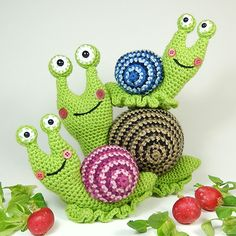 podkins: amigurumipatterns: Amigurumi pattern to make Shelley the snail and her family, designed by Moji-Moji … » https://ow.ly/zlZoJhttps://click-to-read-mo.re/p/8N5Z/53a6e8f1