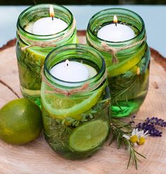 This tip has your name on it 🐜Insect-Repellent Citronella Floating Candle Jars🐜 Pot Mason Diy, Diy Mason Jar Lights, Mason Jar Lighting, Mason Jars, Candle Lighting, Pots Mason, Bug Repellent Candles, Diy Mosquito Repellent, Insect Repellent