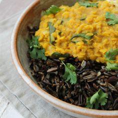 Curry de lentiha rosa e espinafre