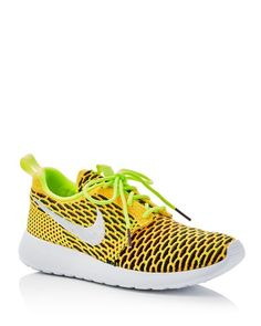 Nike Roshe One Flyknit Lace Up Sneakers Free Running Shoes, Nike Free Shoes, Nike Shoes Outlet, Running Fashion, Nike Fashion, Running Style, Women's Fashion, Fashion Trends, Nike Roshe