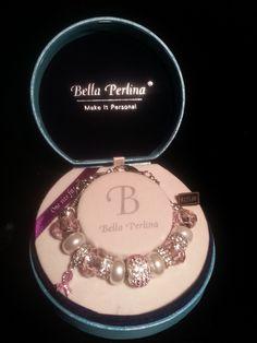 **** NIB BEAUTIFUL DESIGNER BELLA PERLINA CHARM BRACELET (msrp $125.00) lowered GIN!