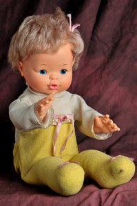 Vintage Ideal Doll 1976 Wake Up Thumbelina