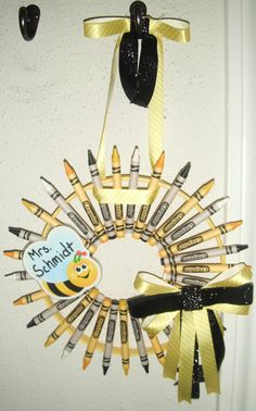Crayon Wreath for a Bumble Bee Themed Classroom!