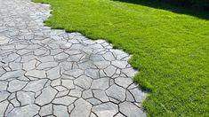 Eläväinen Luotokivi! Korn, Stepping Stones, Sidewalk, Garden, Outdoor Decor, Stair Risers, Garten, Side Walkway, Lawn And Garden