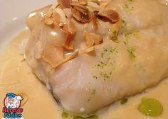 Bacalao confitado con salsa de puerros y ajos tostados #PonRoyalEnTuNavidad Tostadas, Meat, Chicken, Food, Nails, Cooking, Cod, Salads, Cook