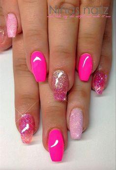 pink sand pink by ninas_nailz from Nail Art Gallery Daisy Nail Art, Daisy Nails, Pink Nails, Nautical Nail Designs, Nautical Nail Art, Wow Nails, Cute Nails, Pretty Nails, Nail Polish Designs