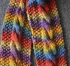 Chunky Mochi Cable Scarf - Crystal Palace Yarns - free knit scarf pattern