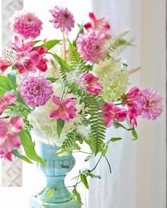"""Nothing can dim the light that shines from within."" —Maya Angelou   #southernladymag #sundayreflections #inspiringwords #mayaangelou #mayaangelouquotes #prettyflowers #floralarrangment #prettypinkflowers #prettyflorals Oriental Lily, Southern Ladies, Pretty Flowers, Dahlia, Cotton Candy, Hot Pink, Glass Vase, Bouquet, Feminine"
