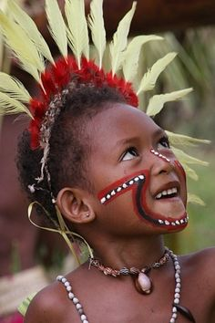 Tufi, Papua New Guinea // Candid expression is a beautiful way to capture photos of people when traveling