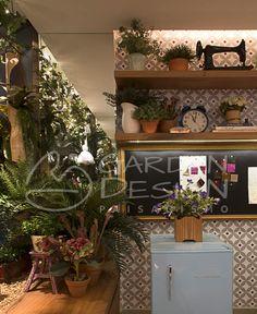 Nosso trabalho no @ateliertarsila 😊🌿 #decoração #paisagismo #decoracao #decor #interiores #design #projetodeinteriores  #landscapearchitecture #landscape #landscapedesign #gardendesign #landscaping #gardenideas #jardinagem #gardening #naturelovers  #arquitetura #architecture #instadecor #archilovers