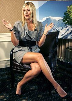 I could easily work in an office, but I'm very talented as a tennis player! I have my own company & it's sweet! Great Legs, Beautiful Legs, Nice Legs, Maria Sharapova Hot, Maria Sarapova, Pernas Sexy, Tennis Players Female, Beautiful Athletes, Mini Robes