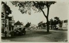 Kajoe Tangan te Malang 1935. Dutch East Indies, Malang, Surabaya, Java, Country Roads, Memories, Gold, Outdoor, Indian