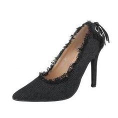 f04c8e6e37 A(z) Fekete Magassarkú nevű tábla 30 legjobb képe   High shoes, Shoe ...