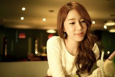 """Yoo In Na Confirmed for """"My Lover From the Stars"""" as Jeon Ji Hyun's Best Friend"""