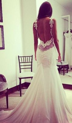 Backless tight fit mermaid wedding gown