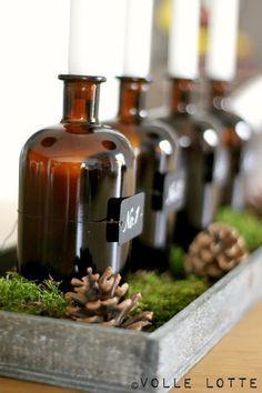 Ein Adventskranz für Gin-Liebhaber aus Apothekerflaschen DIY // Monkey47
