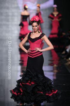 Fotografías Moda Flamenca - Simof 2014 - Carmen Vega 'Flamencas de aqui y alla' Simof 2014 - Foto 17