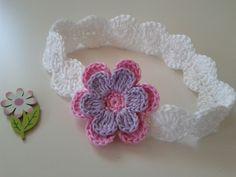 Haarbänder - Gehäkeltes Baby-Haarband ♥ Babyfotografie - ein Designerstück von Sabinas-Atelier bei DaWanda