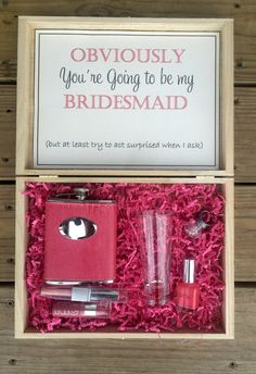 Bridesmaid gift boxes! What a fabulous gift for a maid of honor, or bridesmaid…