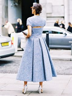 with a touch of romantic - Vanessa Jackman: London Fashion Week AW Cool Street Fashion, Street Chic, Look Fashion, High Fashion, Fashion Outfits, Womens Fashion, Fashion Trends, Net Fashion, Paris Street