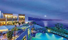 il Lefay Resort & SPA Lago di Garda, a Gargnano (BS). I resort è vincitore assoluto della Top 10 Italia ed Europa e 4° a livello mondiale tra gli hot