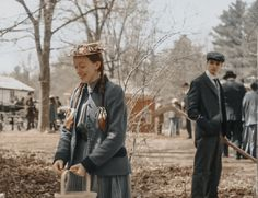 Anne with an E behind the scenes, Amybeth e Lucas Anne Shirley, Movies Showing, Movies And Tv Shows, Diana Barry, Lucas Jade Zumann, Anne Of Avonlea, Amybeth Mcnulty, Gilbert And Anne, Sandro