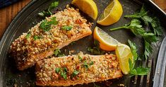 In this healthy meal plan, the principles of an anti-inflammatory diet come together for a week of delicious, wholesome meals and snacks, plus meal-prep tips to set you up for a successful week ahead. Easy Salmon Recipes, Fish Recipes, Seafood Recipes, Low Carb Recipes, Dinner Recipes, Healthy Recipes, Gout Recipes, Diabetes Recipes, Healthy Breakfasts