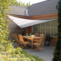 Terrace shade sail – Shade sail on a terrace. Photo credit and if … - All For Garden Corner Pergola, Pergola Swing, Pergola Shade, Pergola Plans, Pergola Kits, Pergola Ideas, Outdoor Cafe, Outdoor Spaces, Outdoor Decor