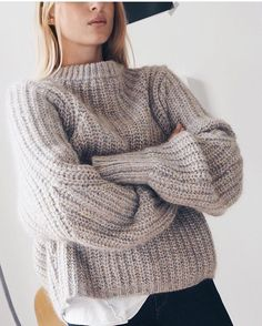 4373806d79f 972 Best oversized sweaters images in 2018 | Fashion outfits, Woman ...