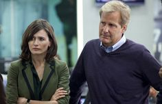 The Newsroom also premiered last night on HBO. The Newsroom surrounds its lead with a colorful and intriguing supporting cast, namely the underrated Emily Mortimer (Shutter Island, Hugo), the whipsmart Alison Pill (Scott Pilgrim vs. the World, Midnight in Paris), and Olivia Munn. Did you tune in last night?