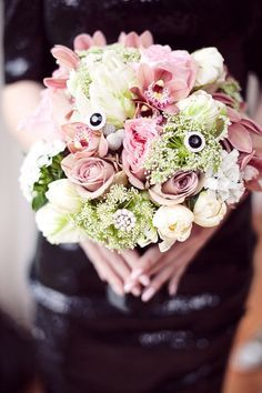 Another absolutely stunning bridal bouquet