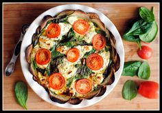 "Meatless Monday and An ""EB Mine"" Brunch   Giveaway: Goat Cheese, Spinach, and Tomato Quiche"