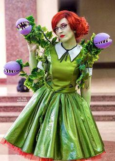 Audrey II costume idea