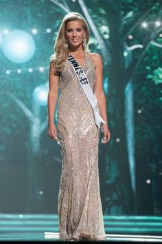Last night, the ladies vying for the Miss USA 2017 title completed their preliminary competition with the onstage swimsuit and evening gown competitions. We've selected our favorite evening gowns from that competition. Here: Miss Tennessee USA