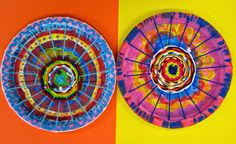 Cassie Stephens' circle loom project for primary grades art students - detailed instruction with lots of visuals