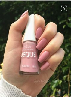 Pinterest - @coppermakeup  Rosy nails for spring