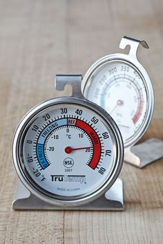 Ina Garten kitchen essentials. Oven thermometers: http://www.cassandraskitchen.com/collections/kitchen-tools/products/stainless-steel-oven-thermometer