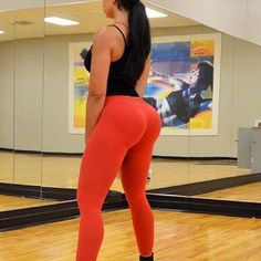 At the gym @lareinasworld