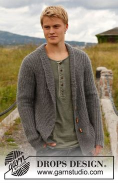 "Knitted DROPS jacket for men with broad band and shawl collar in ""Karisma"" and ""Kid-Silk"". Size: S to XXXL. ~ DROPS Design"