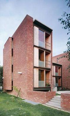 Student housing at Saalepark – Hof / Projects / Bez + Kock Architekten - Architecture Brick Design, Facade Design, Exterior Design, House Design, Architecture Design, Residential Architecture, Brick Facade, Facade House, Student House
