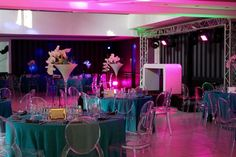 ONE DAY EVENT, turquoise and blue wedding decoration